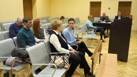 Операция без наркоза. В Воронеже начался суд над обвиняемой в смерти бизнесмена врачом
