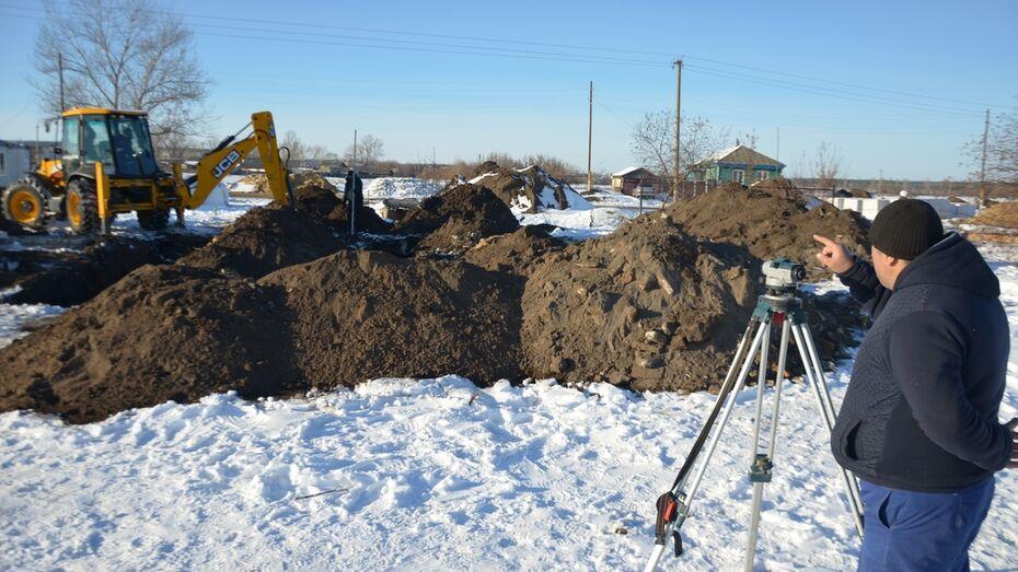 В павловской Николаевке начали строить дома для погорельцев
