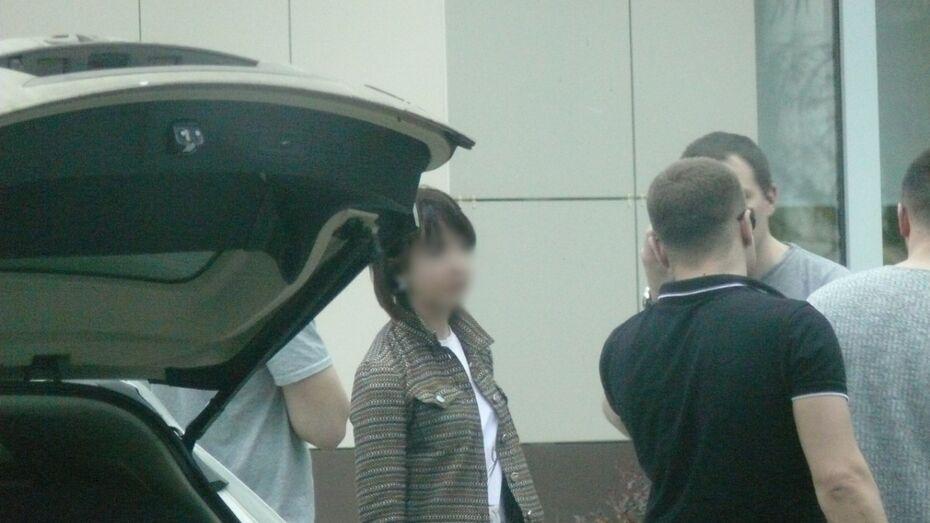 В Воронеже адвоката поймали после получения денег от семьи обвиняемого