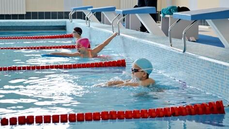 В Бутурлиновке прошло первенство района по плаванию