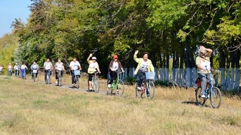 Бутурлиновские пенсионеры совершили осенний велопробег