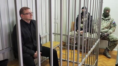 Воронежский суд начал рассмотрение ходатайства следствия об аресте Антона Шевелева