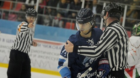Хоккеист воронежского «Бурана» попал в список лучших игроков сезона ВХЛ
