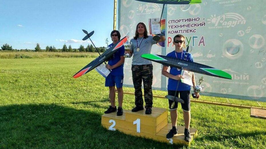 Авиамоделисты из Верхней Хавы выиграли «серебро» и «бронзу» на чемпионате России