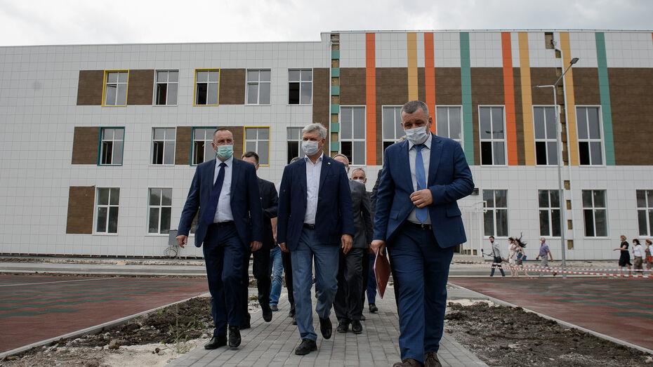 Школу в Стрелице Воронежской области откроют к 1 сентября