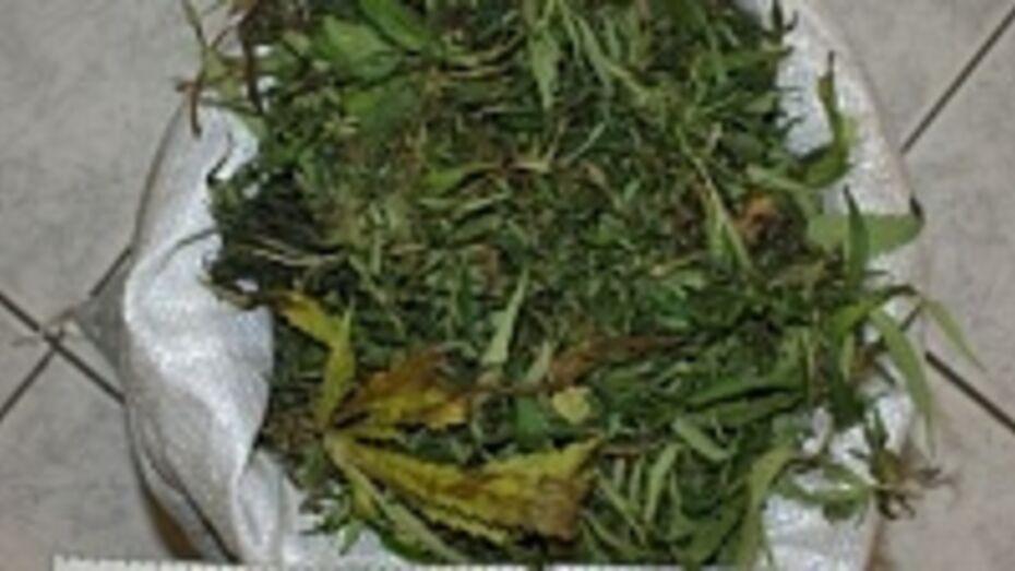 У 68-летнего новохоперца дома нашли крупную партию марихуаны