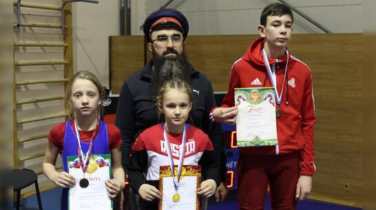 Репьевская спортсменка выиграла «золото» межрегионального турнира по вольной борьбе