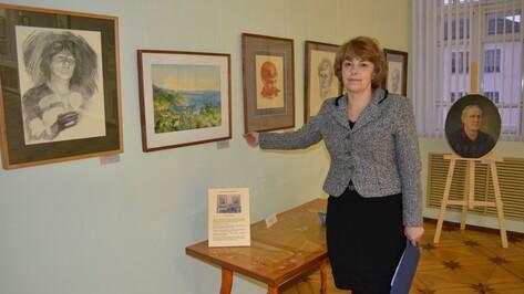Воронежский художник подарил острогожскому музею свои картины