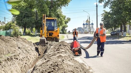 В Лисках завершили прокладку новой ветки городского канализационного коллектора