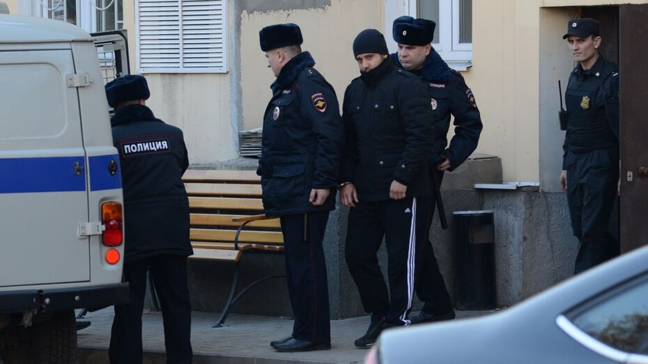 Воронежский суд рассмотрит продление ареста обвиняемому в убийстве у кафе IL Tokyo
