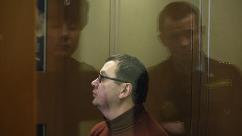 Еще на 2 месяца продлили арест бывшему ректору воронежского вуза