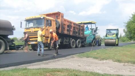 В эртильском селе отремонтировали центральную дорогу