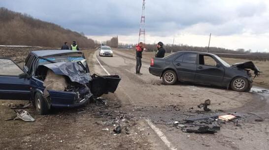 Пьяный полицейский устроил лобовое ДТП с пострадавшими в Воронежской области