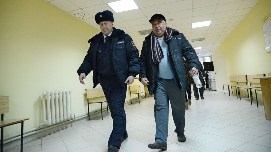 Под Воронежем суд приговорил экс-чиновника Юрия Матвеева к полутора годам тюрьмы за растрату