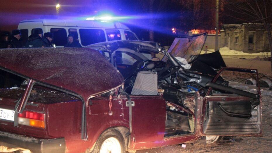 Три человека погибли и 2 ранены в воронежском ДТП