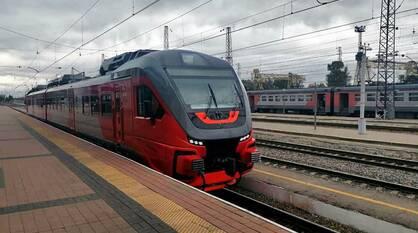 Первый рельсовый автобус из Воронежа прибыл в Белгород