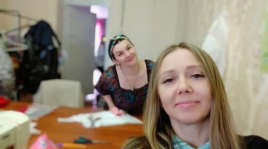 В Павловске сотрудники благотворительного фонда бесплатно  обеспечат жителей масками