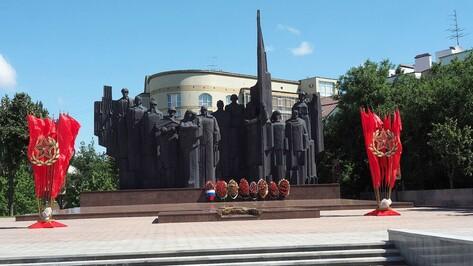 Мэр Воронежа: К 9 мая площадь Победы будет готова на 100 процентов