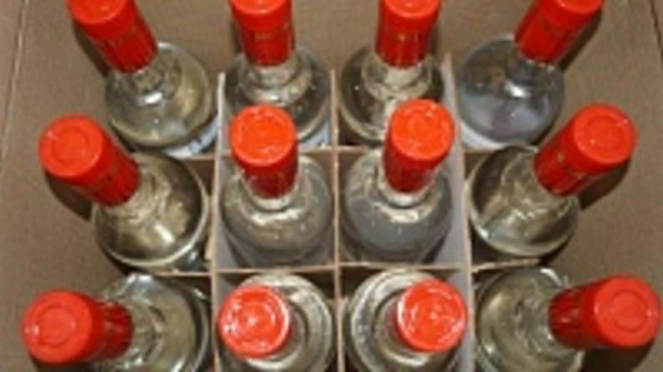Жительницу Воронежа оштрафовали за незаконную торговлю алкоголем в Семилукском районе