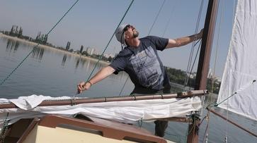 Воронежский преподаватель выпустит аудиокнигу о путешествии на парусной яхте по Дону