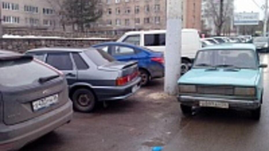 ГИБДД Воронежа не будет наказывать автохамов, основываясь только на видео в Интернете