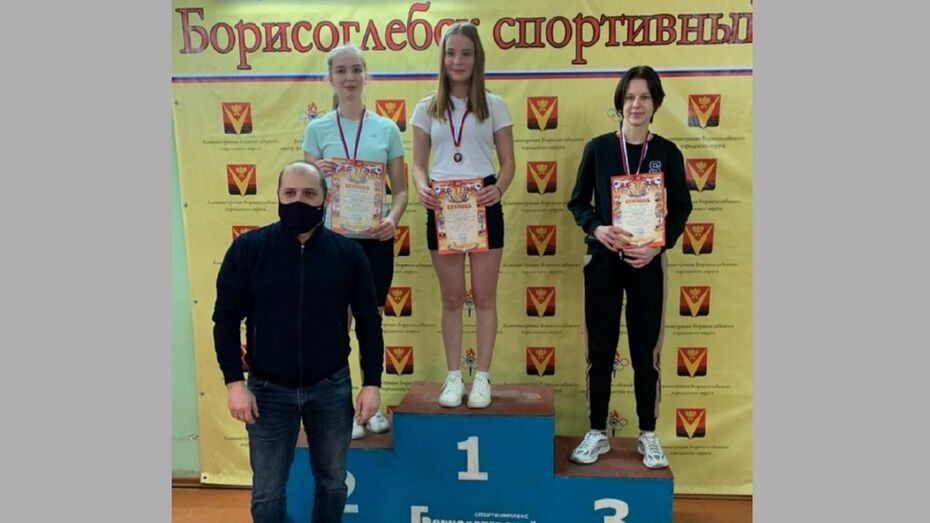 Борисоглебские гиревики завоевали 5 золотых медалей в открытом первенстве округа