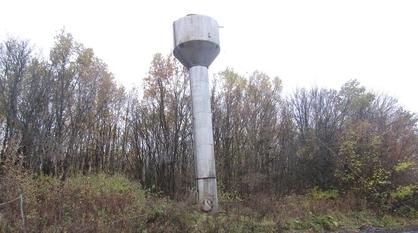 Житель Бобровского района распилил и сдал на металлолом водонапорную башню