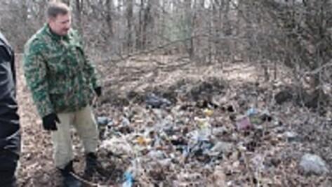 В хохольском селе местная молодежь собрала во время субботника пять тонн мусора