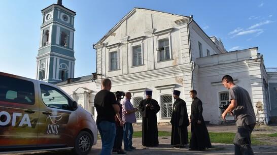 В Павловске прошли съемки сюжета о Преображенском соборе для проекта телеканала «Спас»