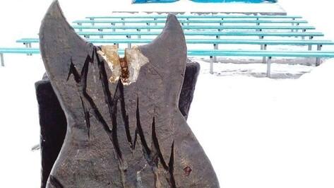 В Воронеже неизвестные выломали и унесли фрагмент памятника солисту группы «Король и Шут»