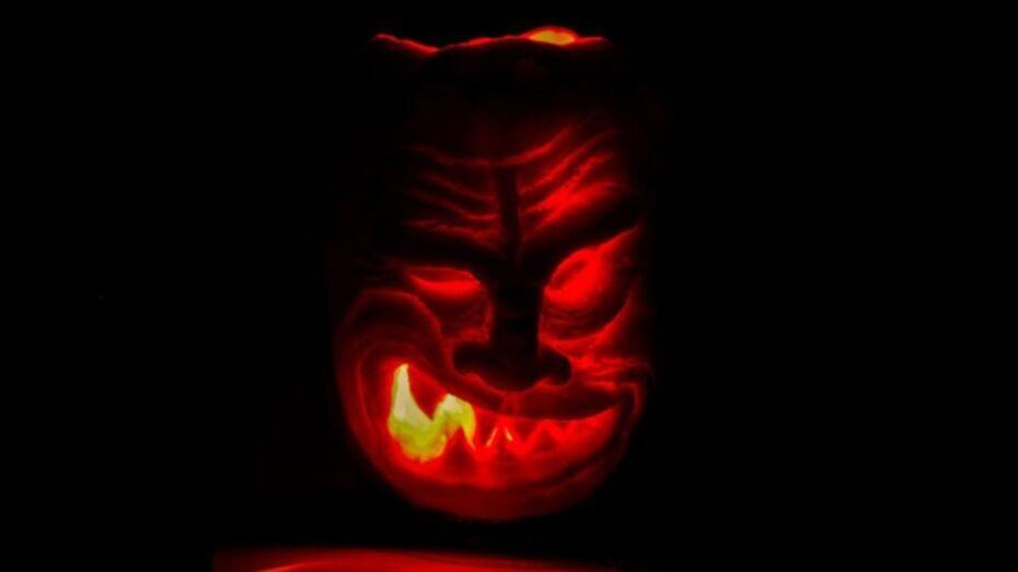 Фильмы к Хэллоуину: лучшая мистическая подборка от ivi.ru