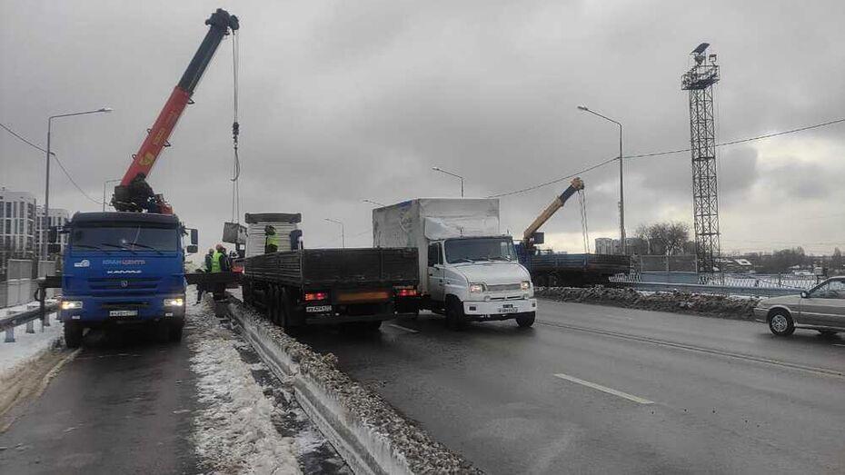 Откроют движение по всем 6 полосам на виадуке 9 Января в Воронеже
