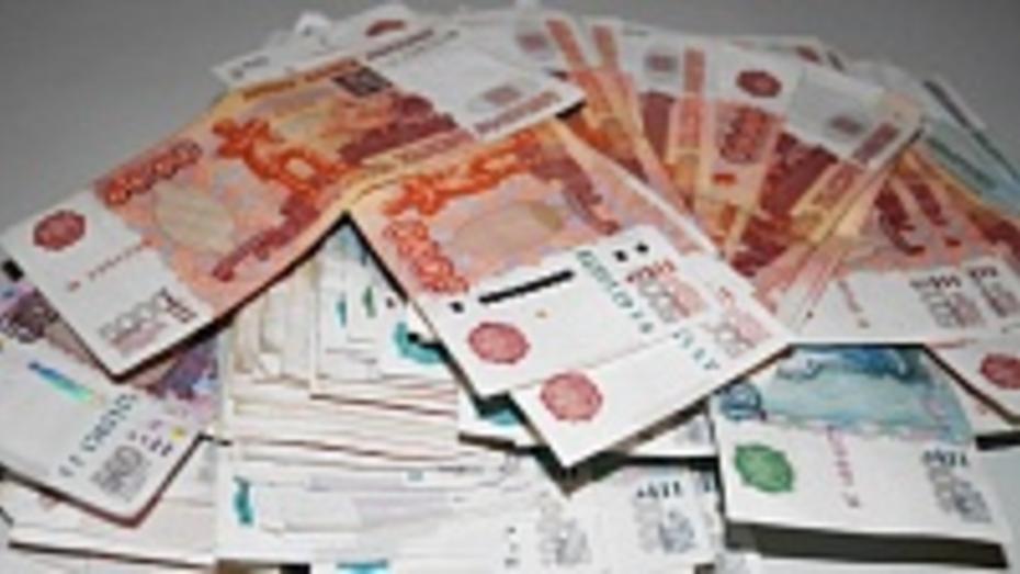 Воронежские бандиты вытащили 2 млн рублей из заводского банкомата