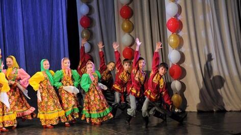 Юные бобровские танцоры привезли 13 призовых кубков из Липецка и Курска
