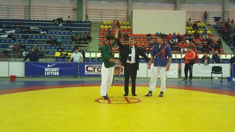 Воронежские спортсмены взяли 3 медали на чемпионате России по борьбе на поясах