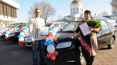 Кантемировские аграрии получили награды к профессиональному празднику