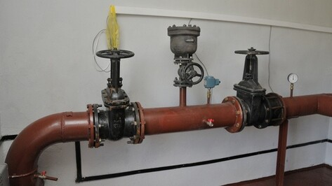 Горячая вода в 32 дома Воронежа должна вернуться в течение суток