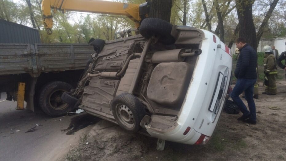 В Воронежской области 50-летний мужчина погиб в ДТП с «КАМАЗом»
