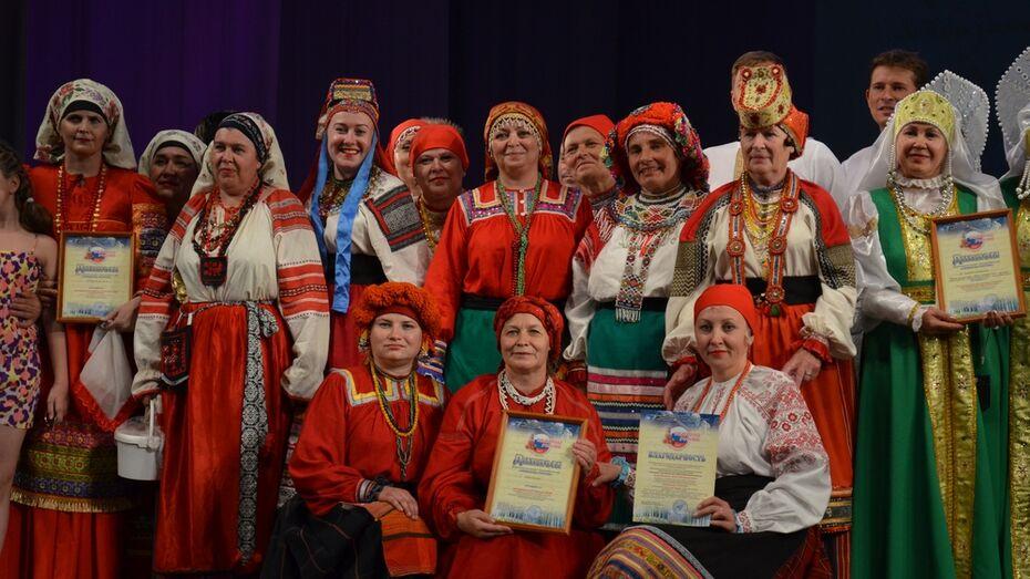 Репьевские артисты победили в межрегиональном театральном конкурсе «Символы России»