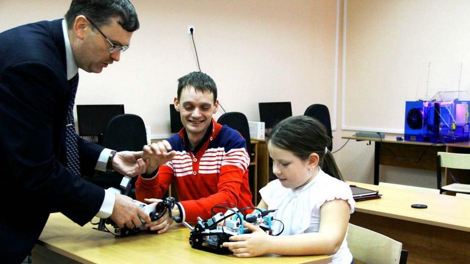 В Семилуках состоится районный фестиваль робототехники