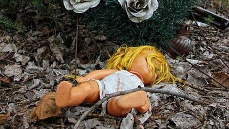 Под Воронежем мать выбросила младенца на свалку