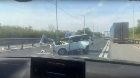 В Сети опубликовали видео страшной аварии без пострадавших в Воронежской области