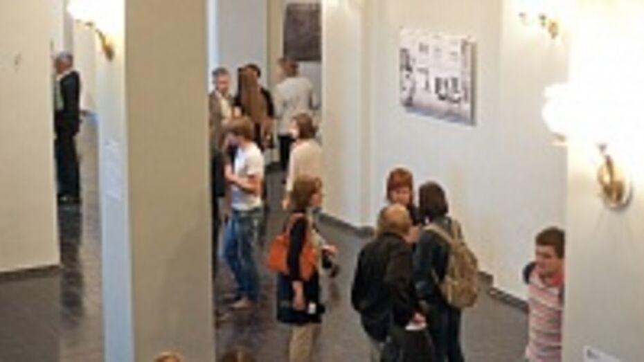 В Воронеже Мариинская гимназия открыла свой первый сезон