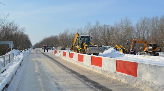 В Петропавловском районе мост через реку Толучеевка отремонтируют за 141 млн рублей