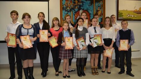 Школьники пополнили фонд Богучарского краеведческого музея