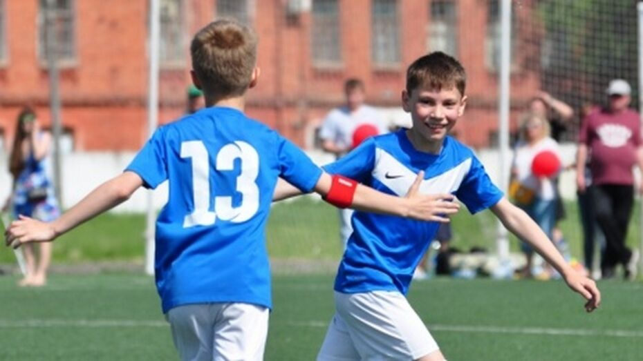 В турнире знаменитого воронежского футболиста Романа Шишкина победили белгородцы