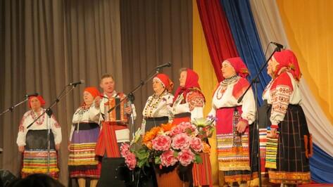 Репьевскому ансамблю «Завалинка» присвоили звание народного