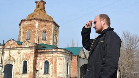 В Калачеевском районе священник продал машину в счет погашения долга за ремонт храма