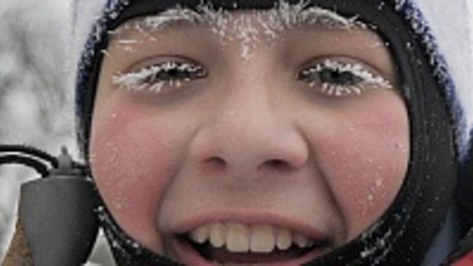 Верхнемамонские школьники из-за морозов остались дома