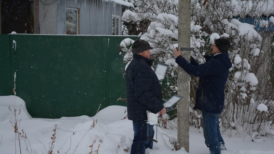 В нижнедевицком поселке Курбатово установят 45 фонарей